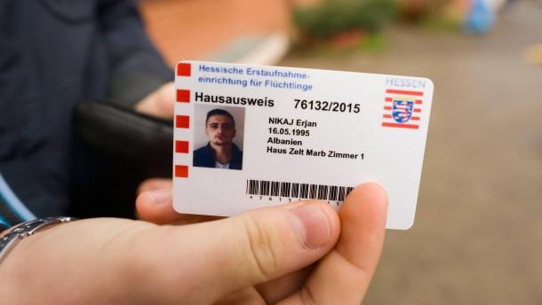 Hessen führt Flüchtlings-Ticket ein