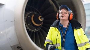 Fraport sucht Busfahrer, Flugzeug-Abfertiger und Mechatroniker