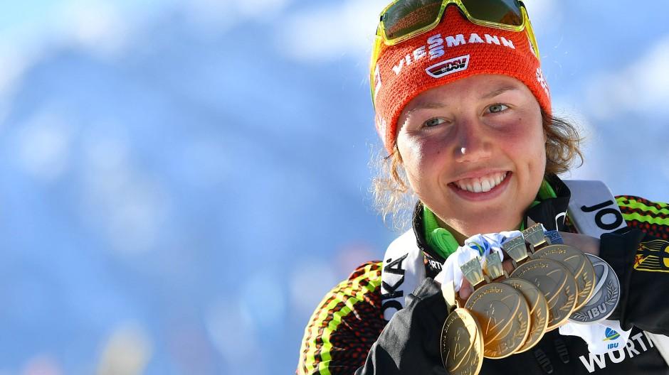 Im Biathlon sahnte Dahlmeier in der vergangenen Saison mächtig ab.