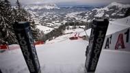 Schöner Ausblick: Vor dem Fahrer liegt der steilste Starthang im Ski-Weltcup.