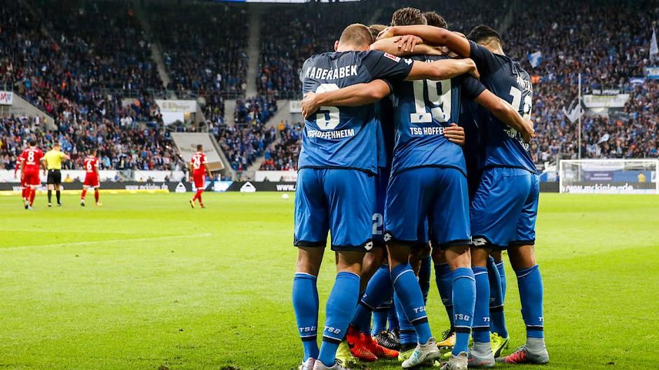 Jubel über den zweiten Treffer von Hoffenheims Mark Uth