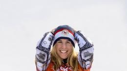 Snowboard schlägt Ski