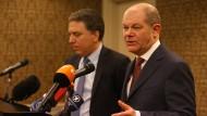 Finanzminister Olaf Scholz und sein argentinischer Amtskollege Nicolas Dujovne am Sonntag in Buenos Aires