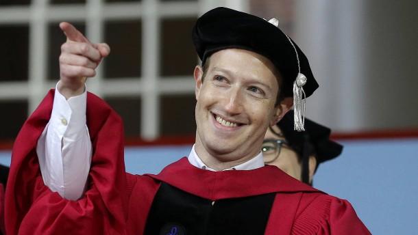 Mark Zuckerberg gibt den Anti-Trump