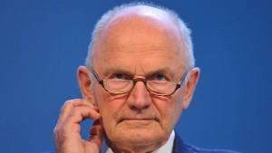 Muss Ferdinand Piech für den VW-Abgasskandal zahlen?