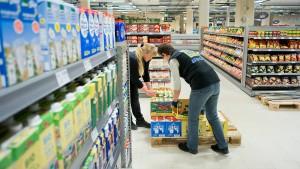 Wer gewinnt den Machtkampf – Edeka oder Nestlé?