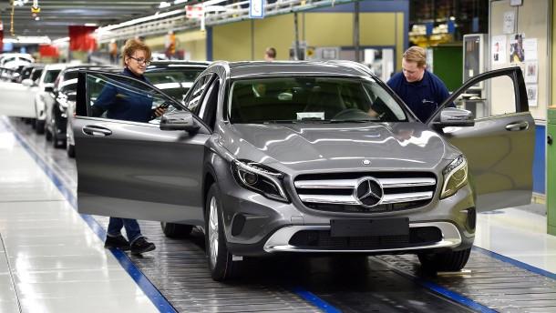 Daimler-Personalvorstand warnt rechte Betriebsräte