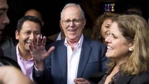 Pedro Pablo Kuczyinski wird Perus Staatsoberhaupt