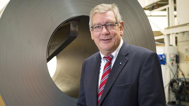 Metall-Arbeitgeber erwägen frühes Tarifangebot