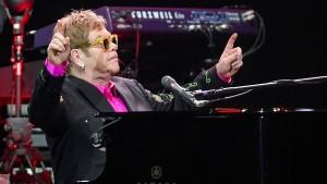 Das rät Elton John den Entscheidern von morgen