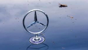 Kraftfahrt-Bundesamt geht Abgas-Verdacht bei Daimler nach