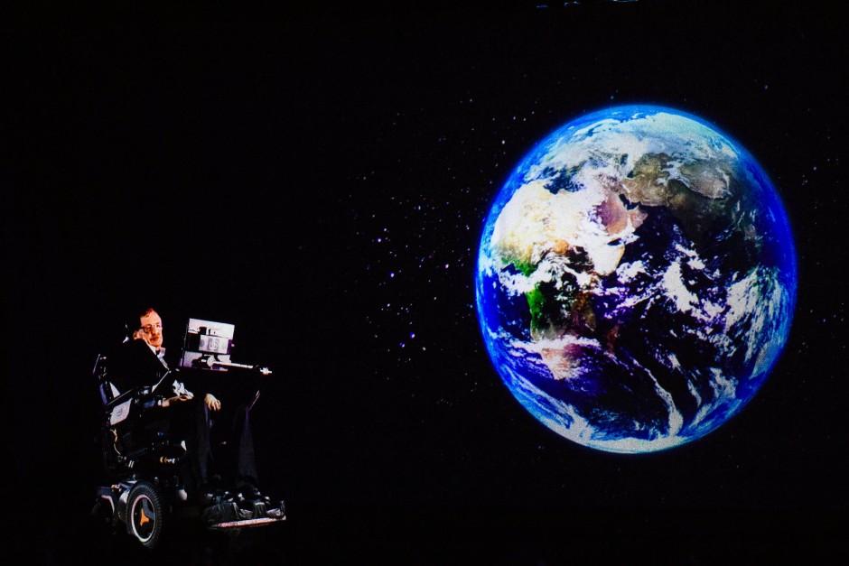 """Physiker und """"Menschheitsorakel"""" Stephen Hawking."""