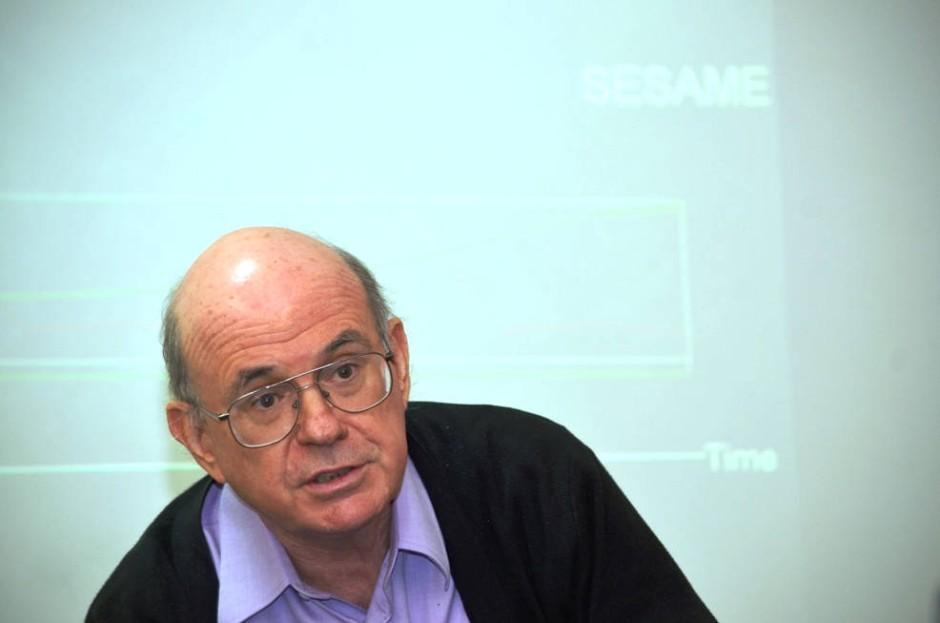 Elizier Rabinovici, Vorsitzender des Nationalen Komitees für Hochenergie-Physik in Israel.