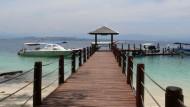 Der malaysische Teil Borneos bietet Naturliebhabern Dschungel, Strand und Meer und Reisenden, die einen Luxus-Zwischenstopp einlegen möchten, relativ günstige Fünf-Sterne-Hotels.