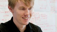 Janne Haapala, 34, hat seinen Abschluss in Master of Economics and Business Administration an der Universität Vaasa in Finnland gemacht und arbeitet als Business-Controller bei der Firma Kone, einem Hersteller von Aufzügen, Rolltreppen und Automatiktüren.