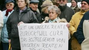 Ymos-Pensionäre kämpfen um Betriebsrenten